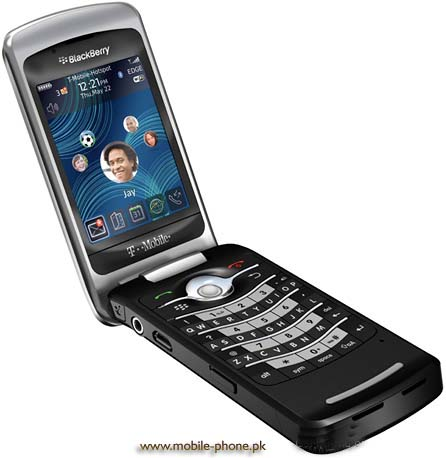 BlackBerry Pearl Flip 8220 Price in Pakistan