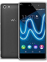 Wiko Fever SE Pictures