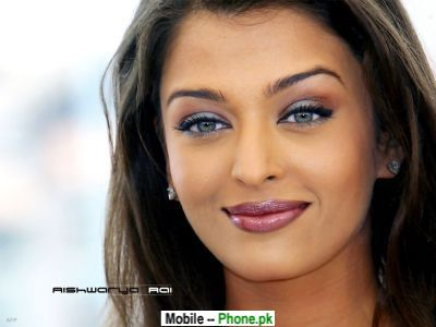 aishwarya_rai_smilling_bollywood_mobile_wallpaper.jpg