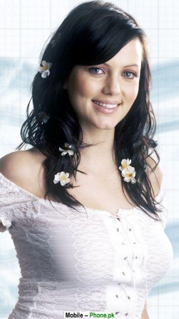beautiful_actress_hot_bollywood_mobile_wallpaper.jpg