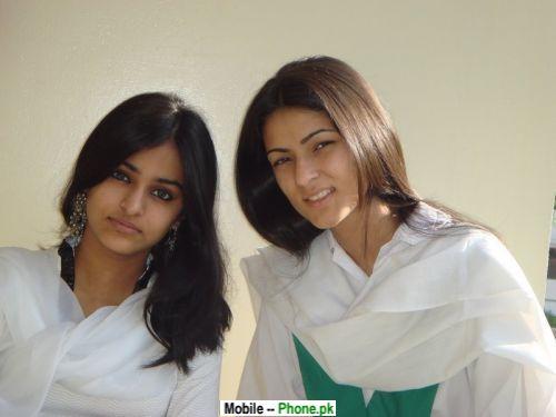 beautiful_college_girls_desi_hot_desi_girls_mobile_wallpaper.jpg