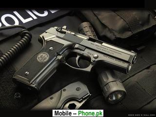 clean_pistol_320x240_mobile_wallpaper.jpg