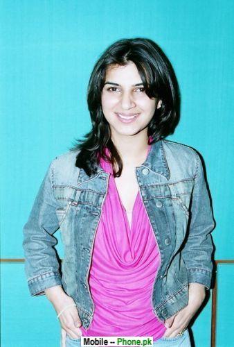 cute_desi_girl_ishrat_desi_girls_mobile_wallpaper.jpg