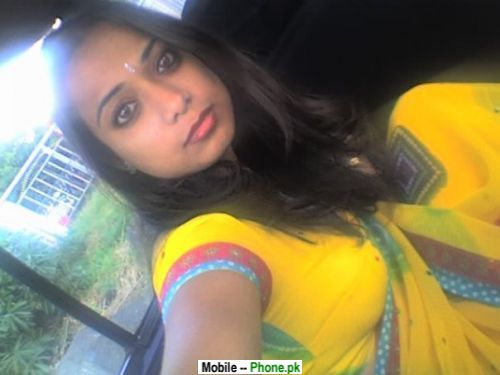 desi_indian_yellow_dress_desi_girls_mobile_wallpaper.jpg