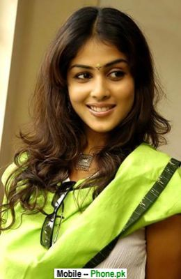 hot_genelia_dsouza_bollywood_mobile_wallpaper.jpg