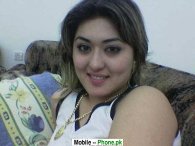 pakistani girls wallpapers. Pakistani Hot Desi Girl