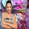 Angelina Jolie AK-47 Shirt T-Mobile 640x480