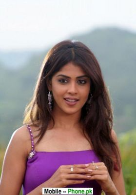 sweet_genelia_dsouza_bollywood_mobile_wallpaper.jpg